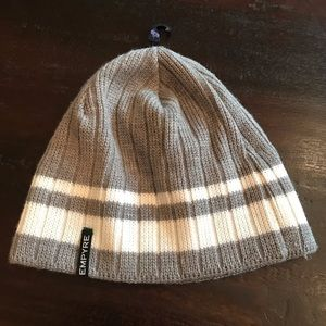 NWOT Empyre Gray & White Knit Hat